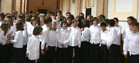 Kinderchor Frankfurt nach dem Konzert